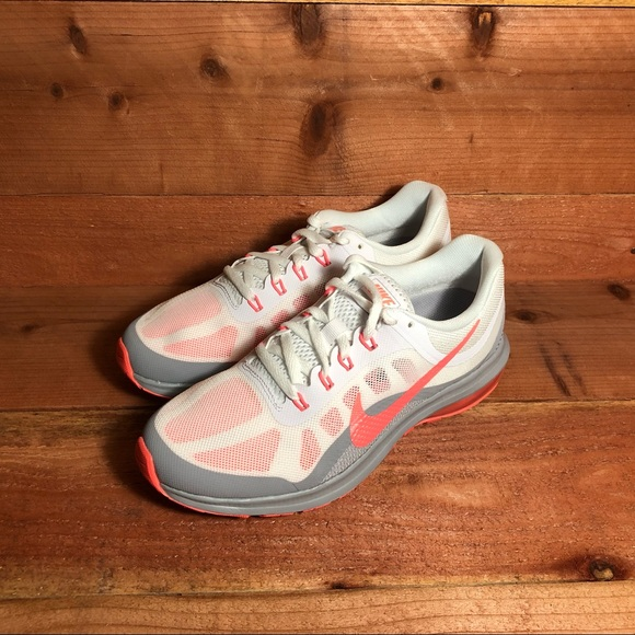 WMN Nike Air Max Dynasty 2 852445 106 Size 7.5 9 NWT